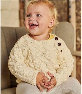 Pullover mit Aran-Zopfmuster für Babys und Kleinkinder