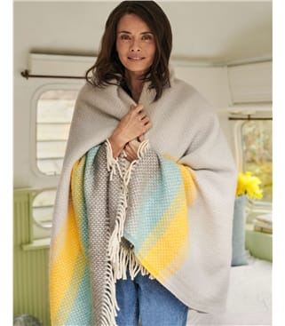 Decke mit Streifen aus reiner Wolle