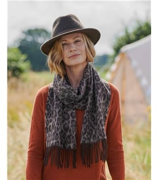 Pure Wool Jacquard Leopard Scarf