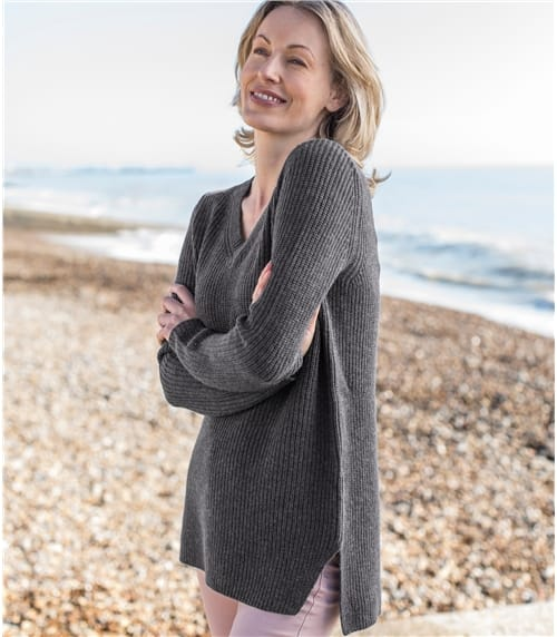 Womens Cashmere and Merino Chunky V Neck Jumper
