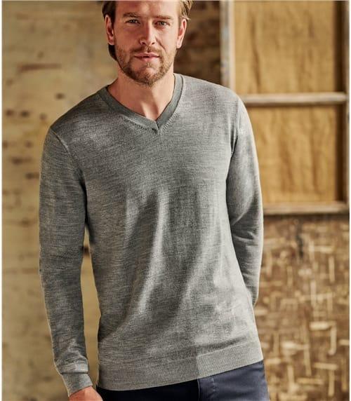 Mens Luxurious Merino V Neck Sweater