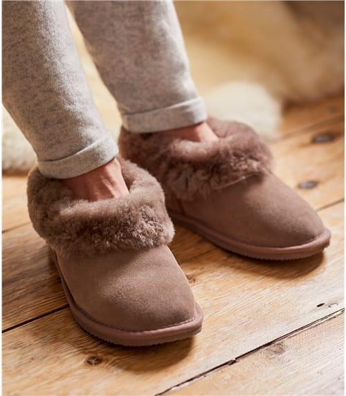 Womens Short Sheepskin Slipper Boot
