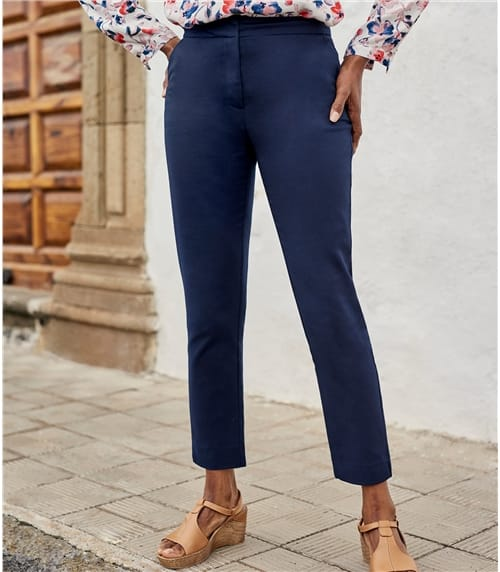 Womens Classic Stretch Straight Leg Pant