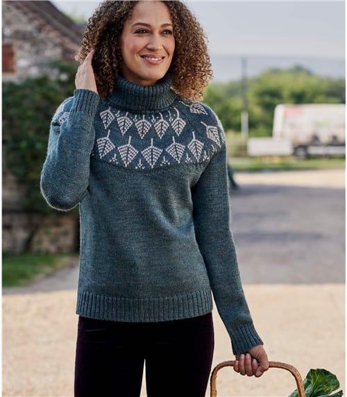 Женский свитер из овечьей шерсти