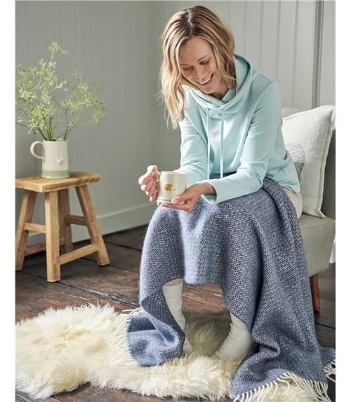 Pure Wool Illusion Knee Rug