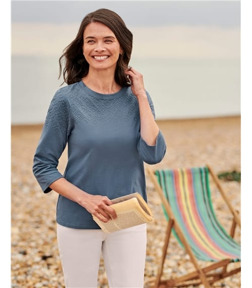 3/4 Sleeve Geo Embroidered Detail Top
