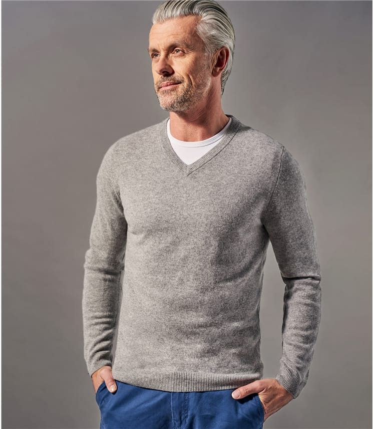 Mens Pure Cashmere V Neck Jumper