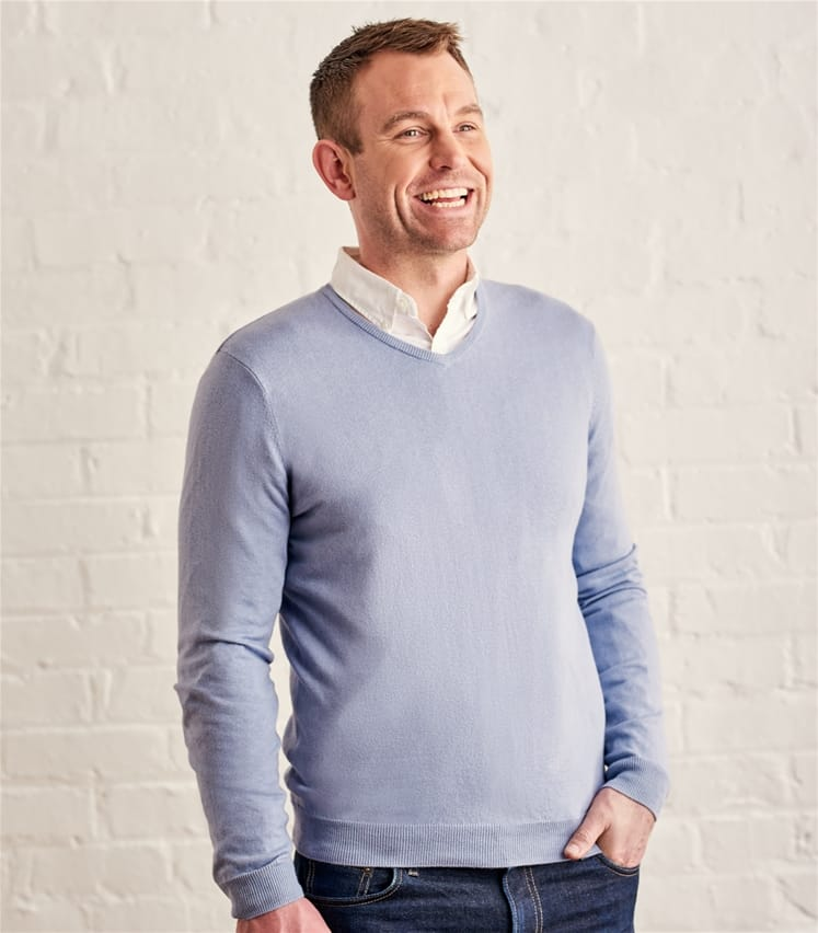 Mens Silk and Cotton V Neck Jumper