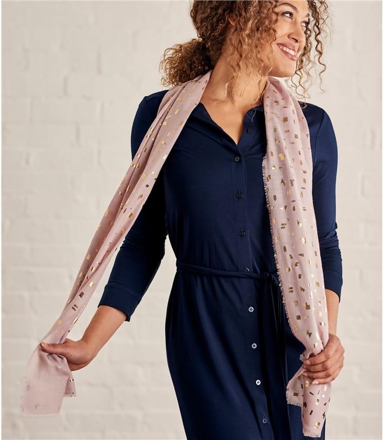 Schal mit Geomotiv aus Blattmetall und reiner Wolle für Damen