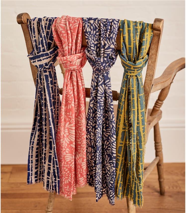 Womens Woven Petal Print Scarf