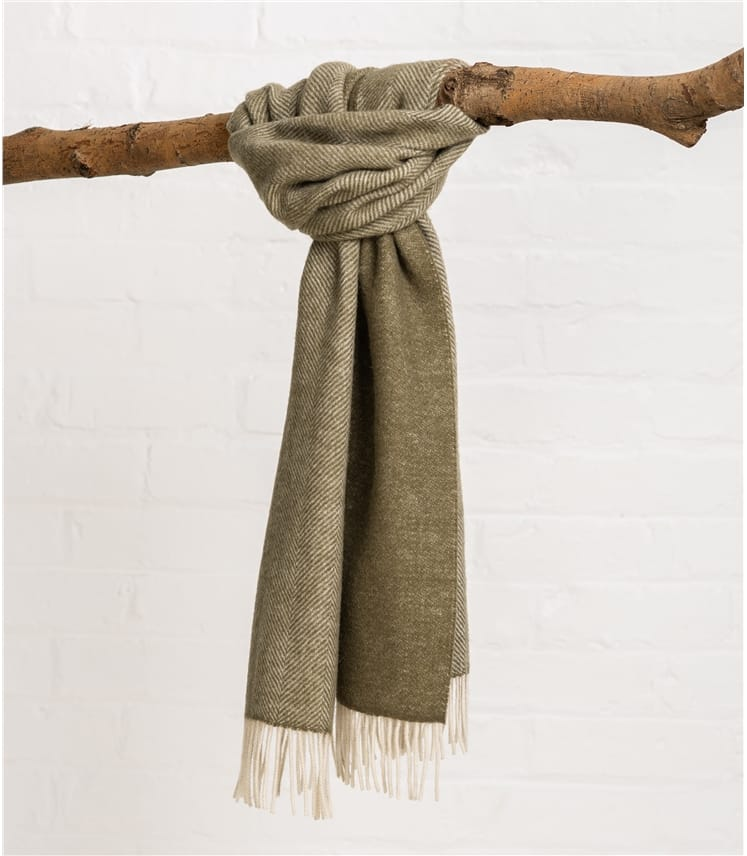 65e4719a7d33a Green/Cream | Mens Pure Wool Herringbone Scarf | WoolOvers UK