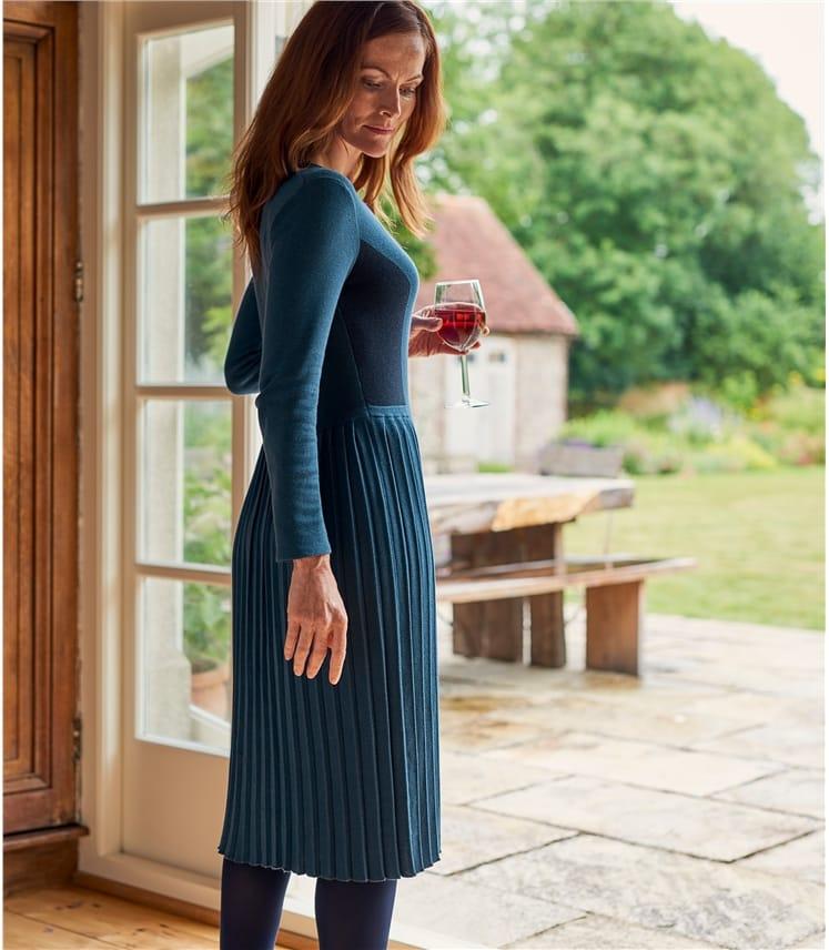 Womens Cotton Blend Long Sleeve Colourblock Dress