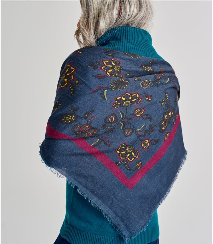 Womens Wool Woven Paisley Scarf