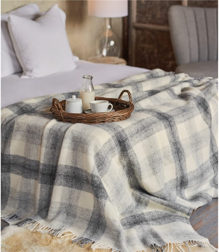 Pure New Wool Meadow Check Throw