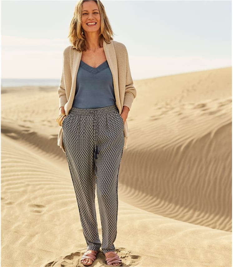 Womens Printed Tapered Leg Trouser