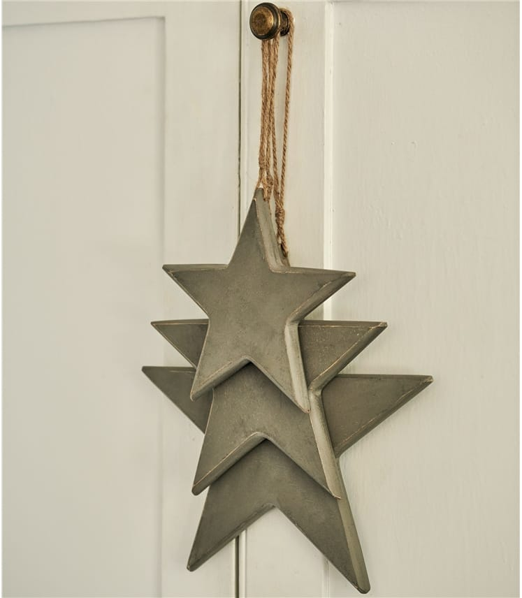 3 Hanging Wooden Stars