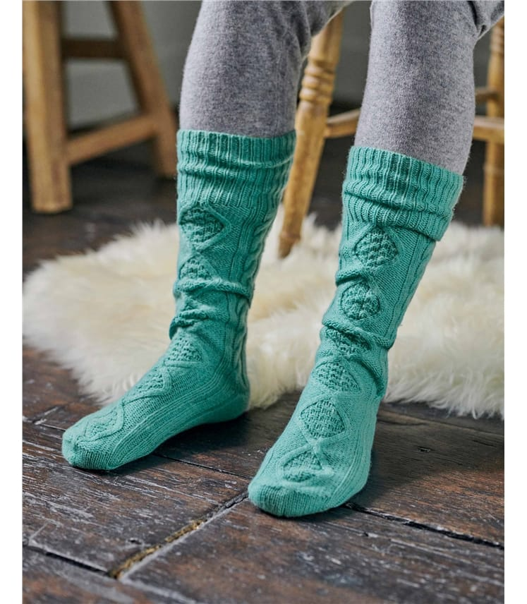 Womens Lambswool Cable Sock