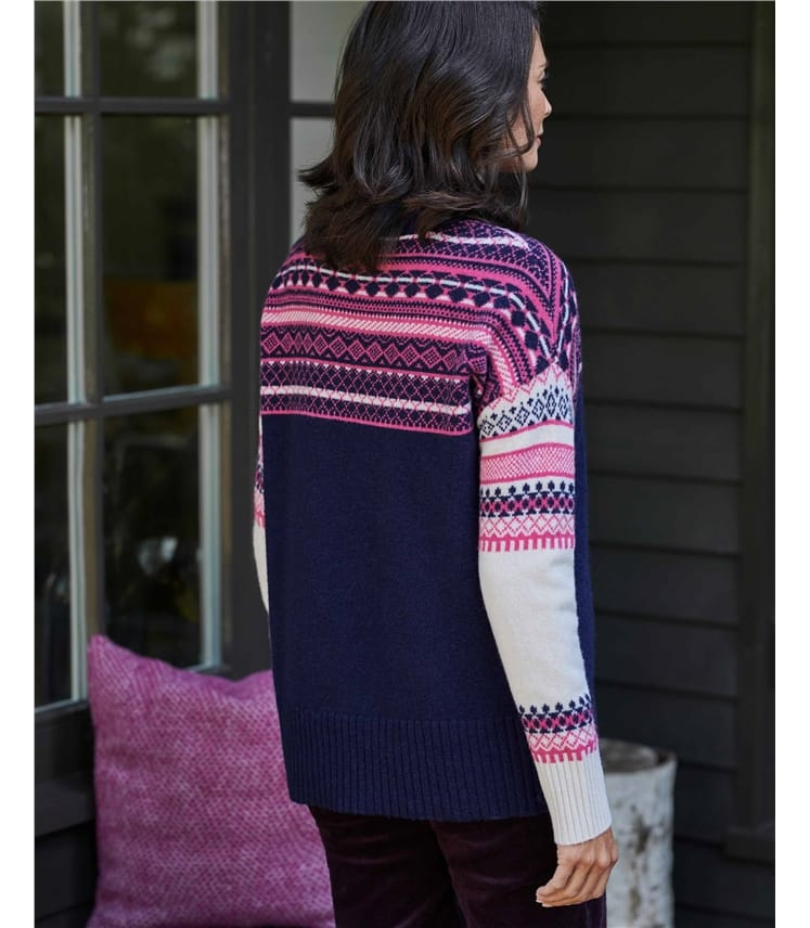 Damenpullover aus Lammwolle mit Fair Isle-Muster in umgedrehten Farben