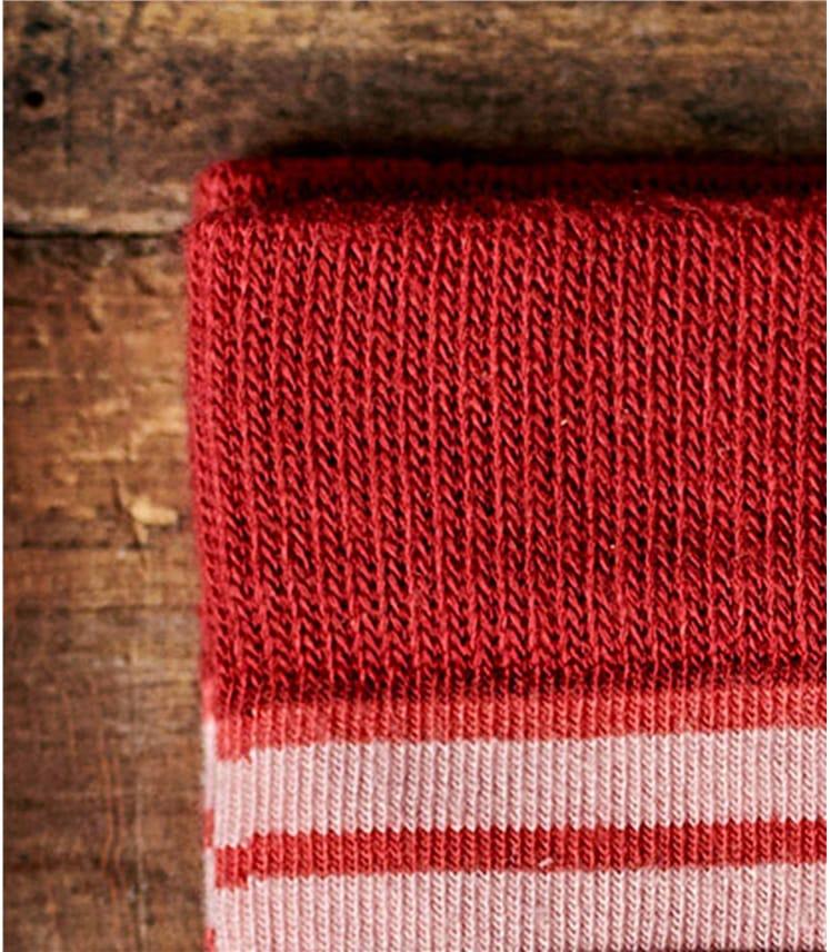 Женские носки в полоску