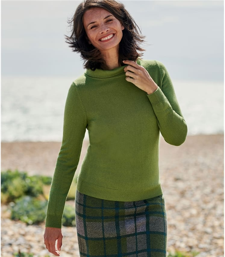 Jackie Roll Neck