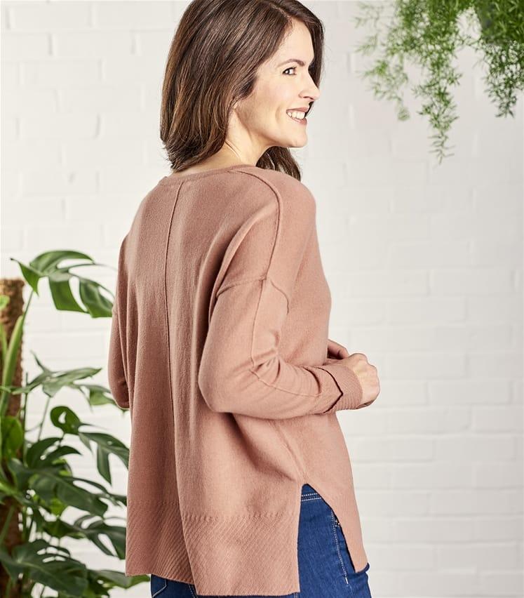 Womens Cashmere and Merino Textured Edge V Neck Sweater