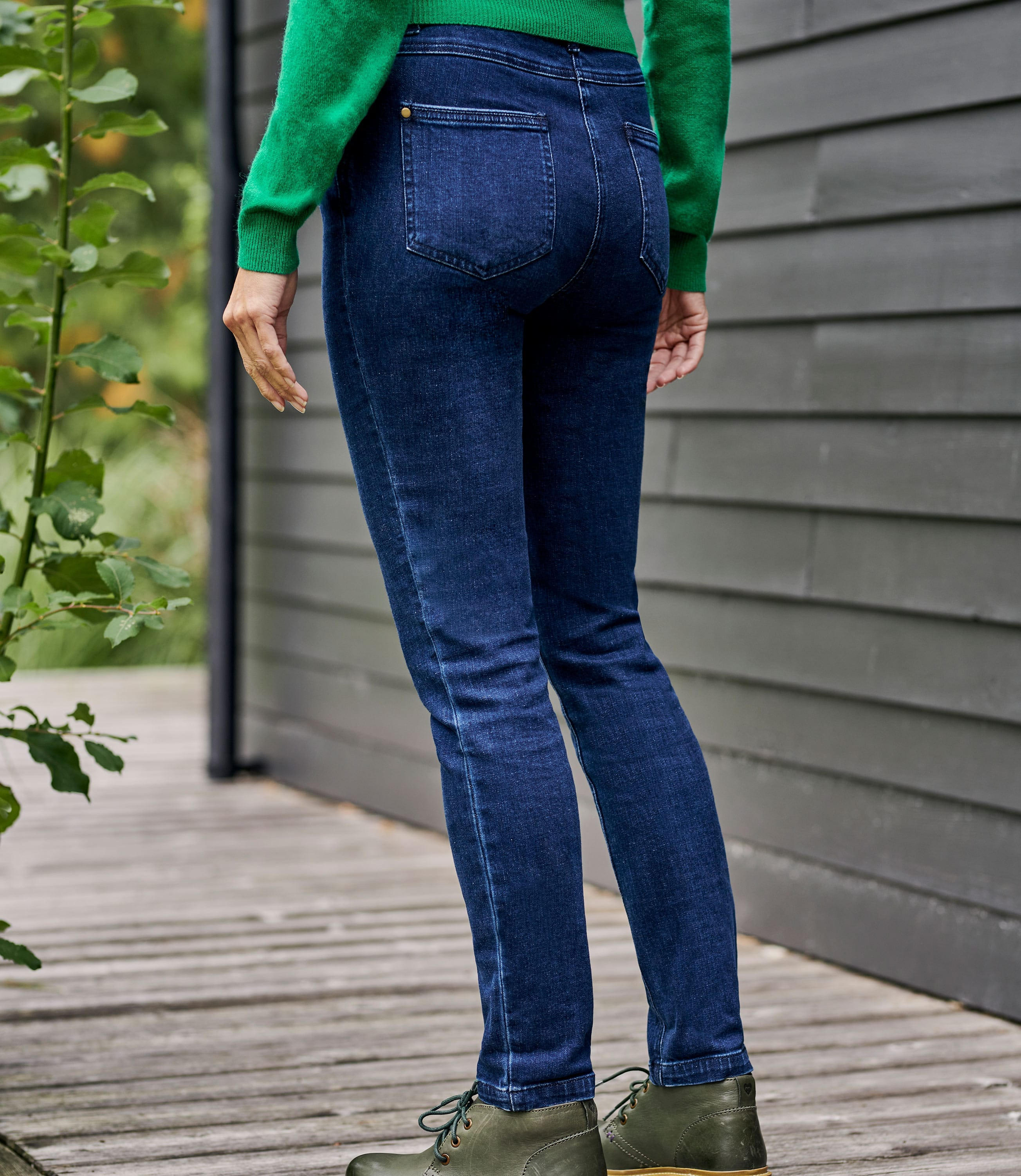 Womens Straight Jeans