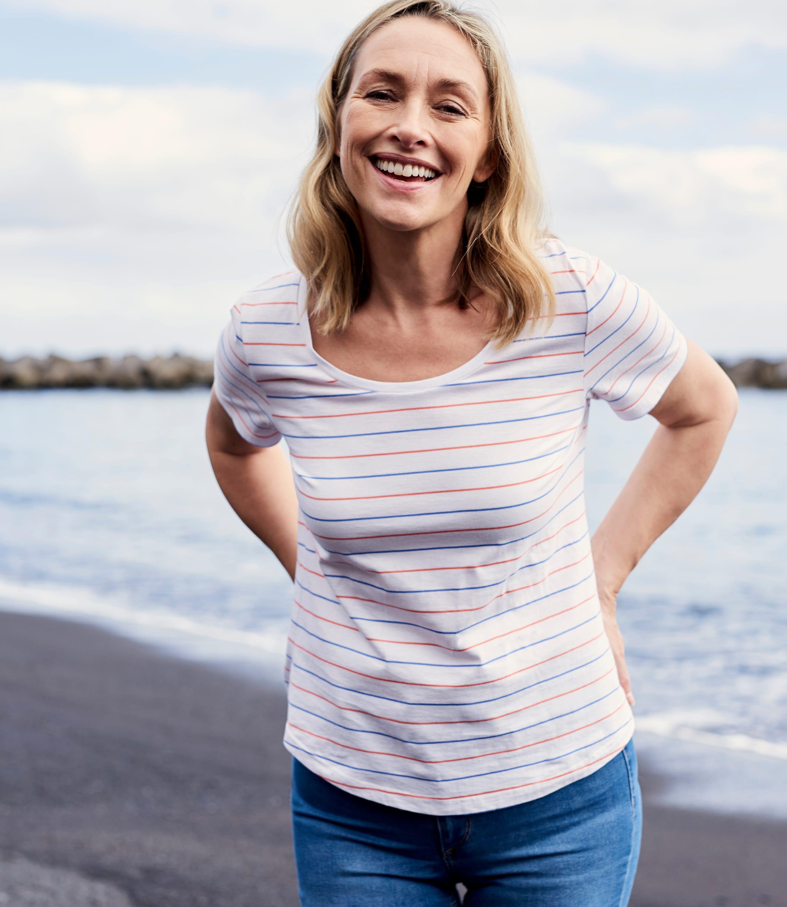 Womens Jersey Scoop Neck Short Sleeve T-Shirt
