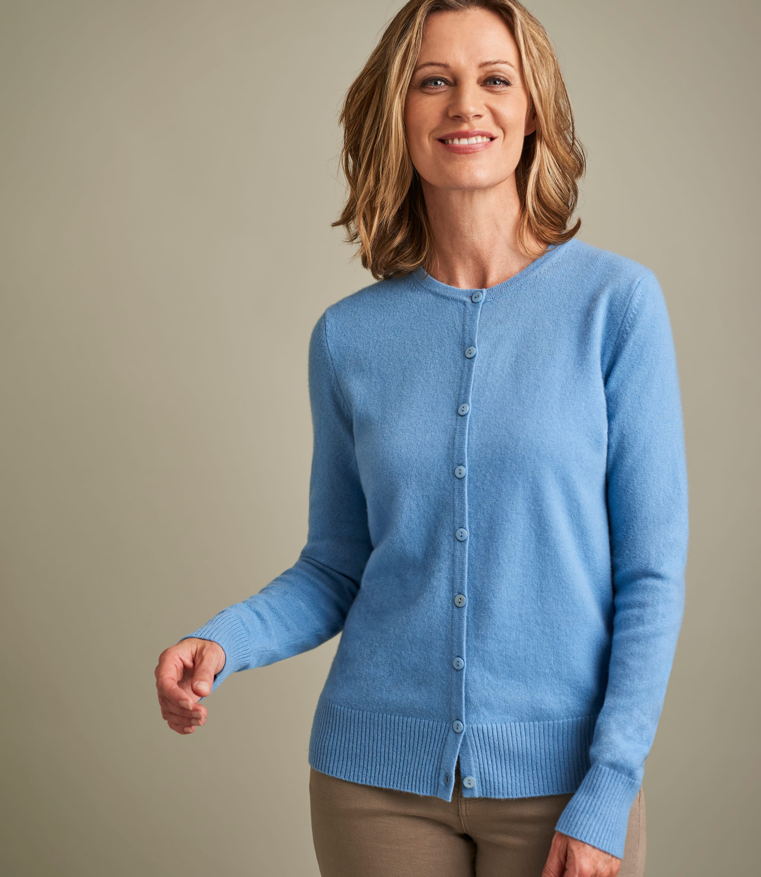 Luxurious Cashmere Crew Neck Cardigan
