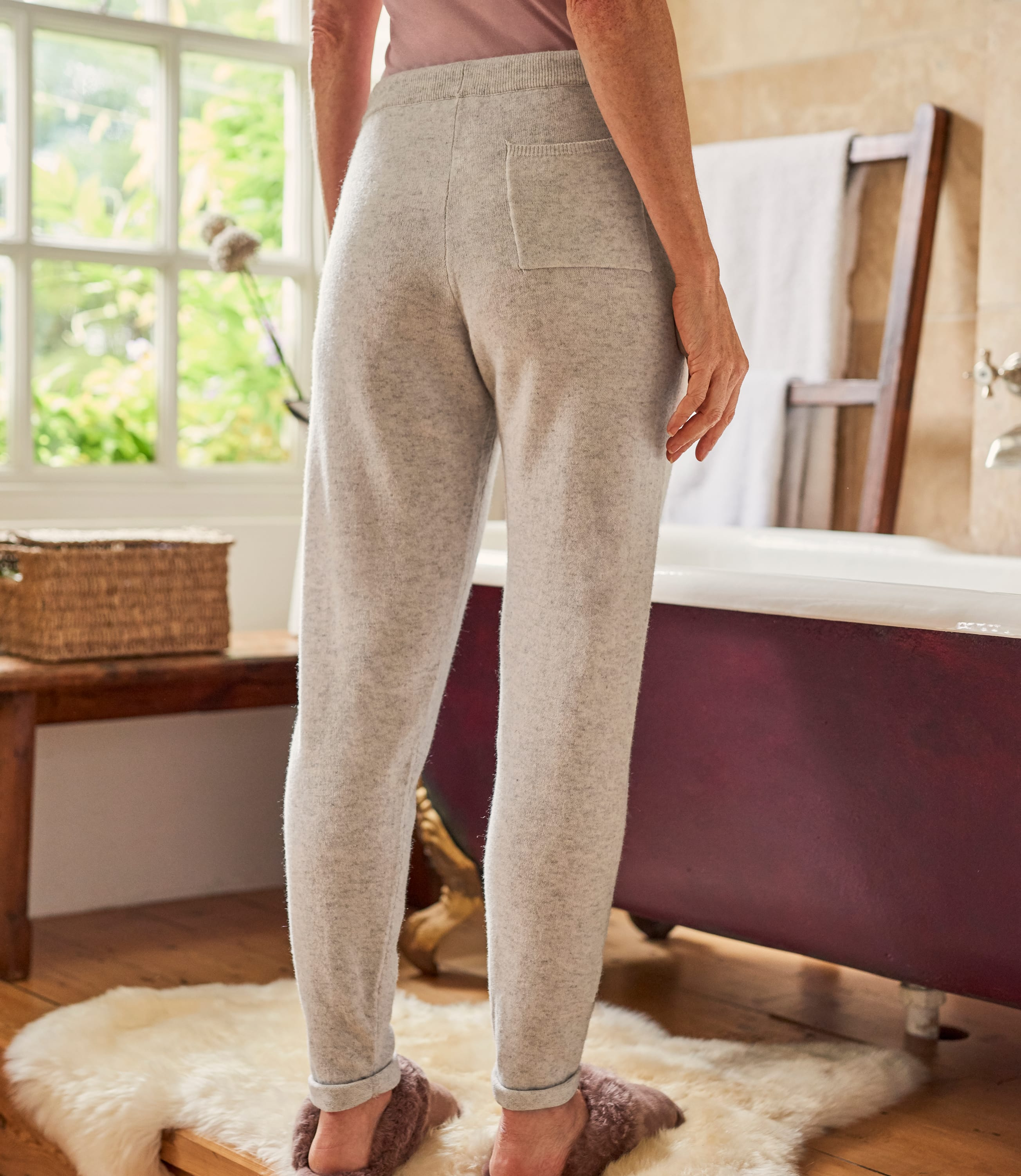 Womens Cashmere Merino Luxe Lounge Joggers