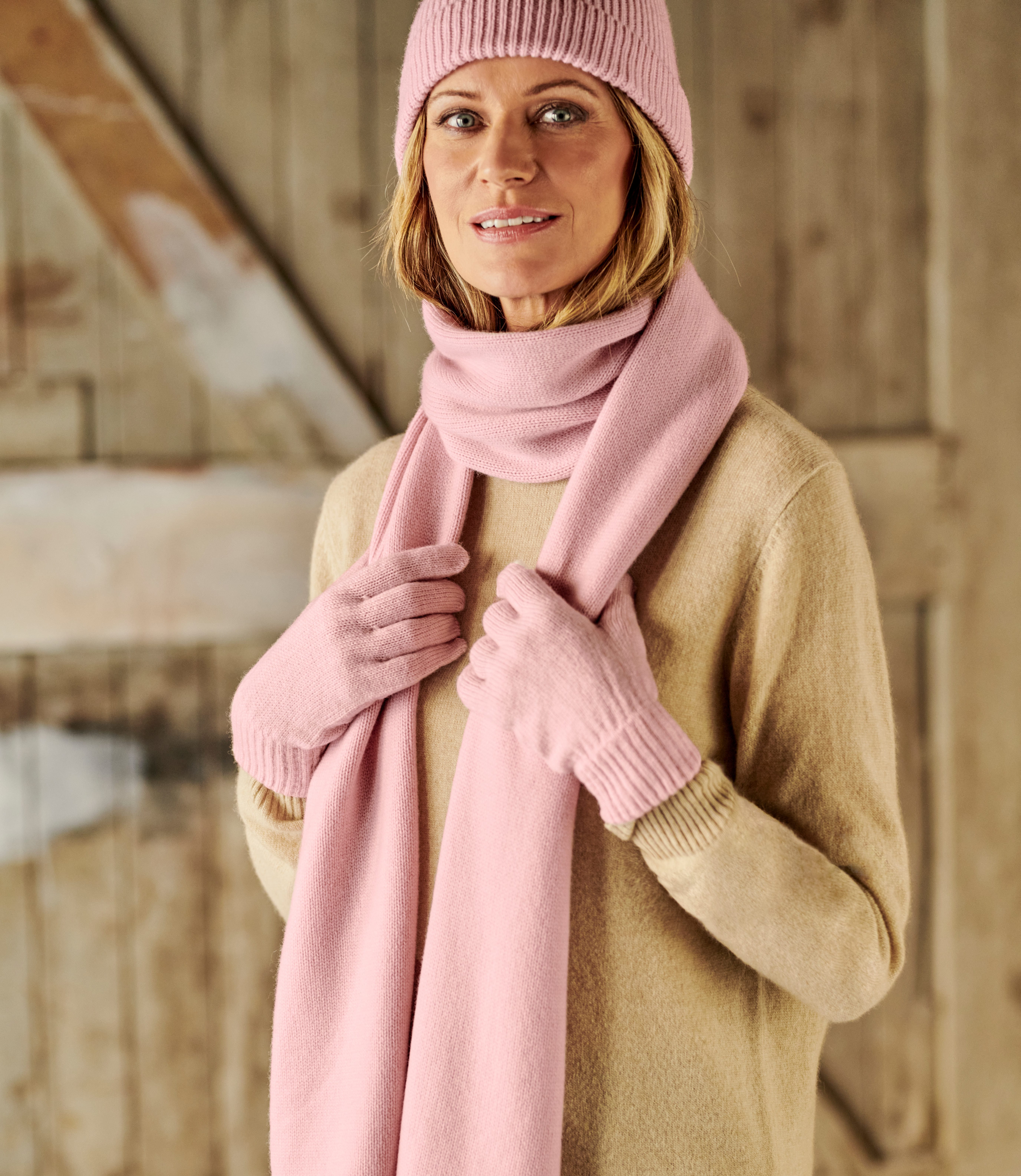 Womens Essential Lambswool Scarf