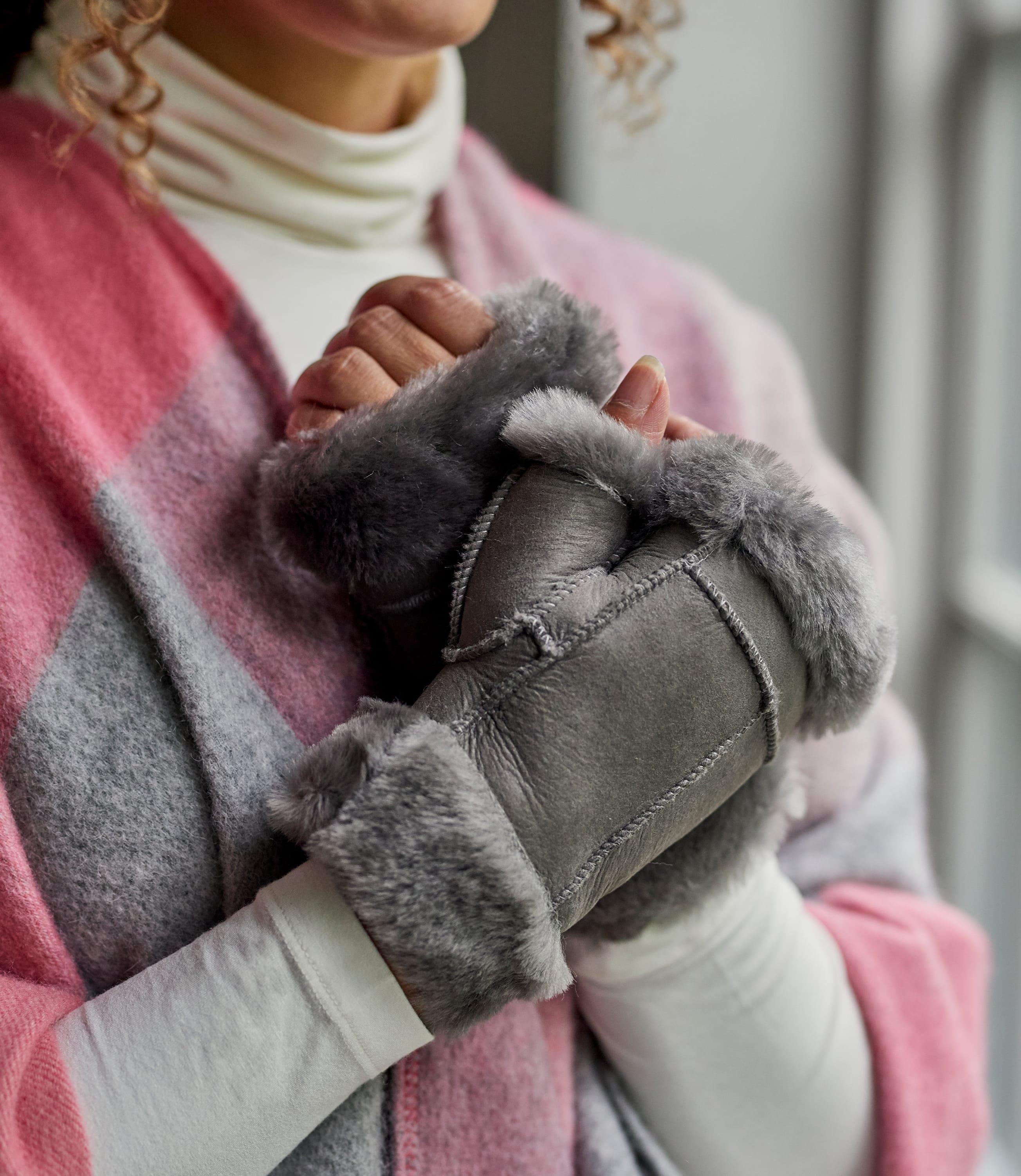 Womens Fingerless Sheepskin Mitten