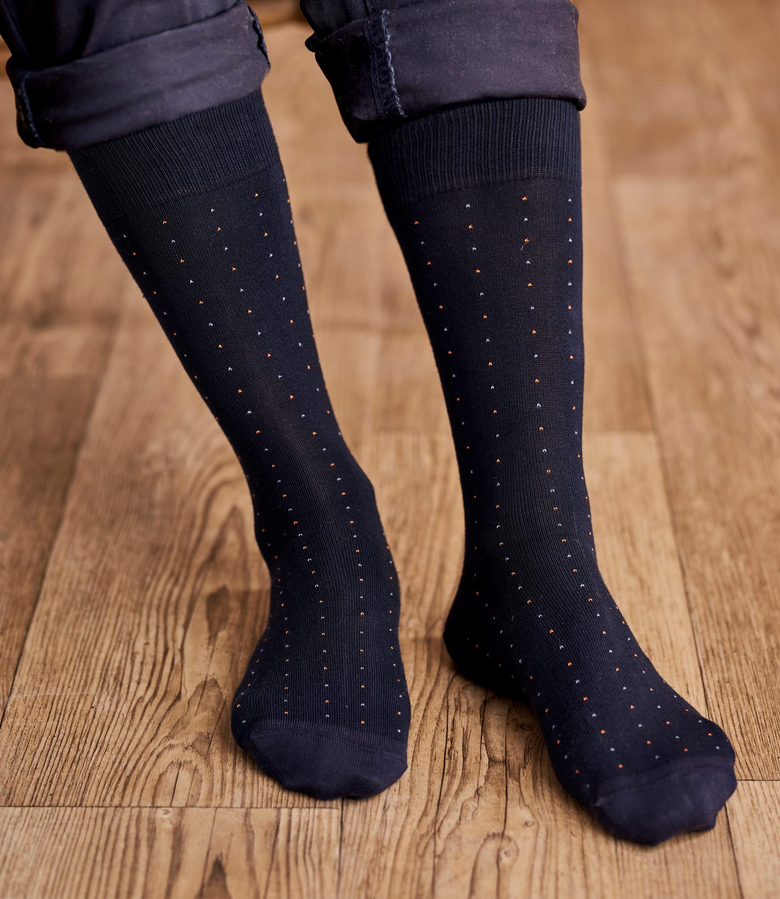 Socken mit Minitupfen