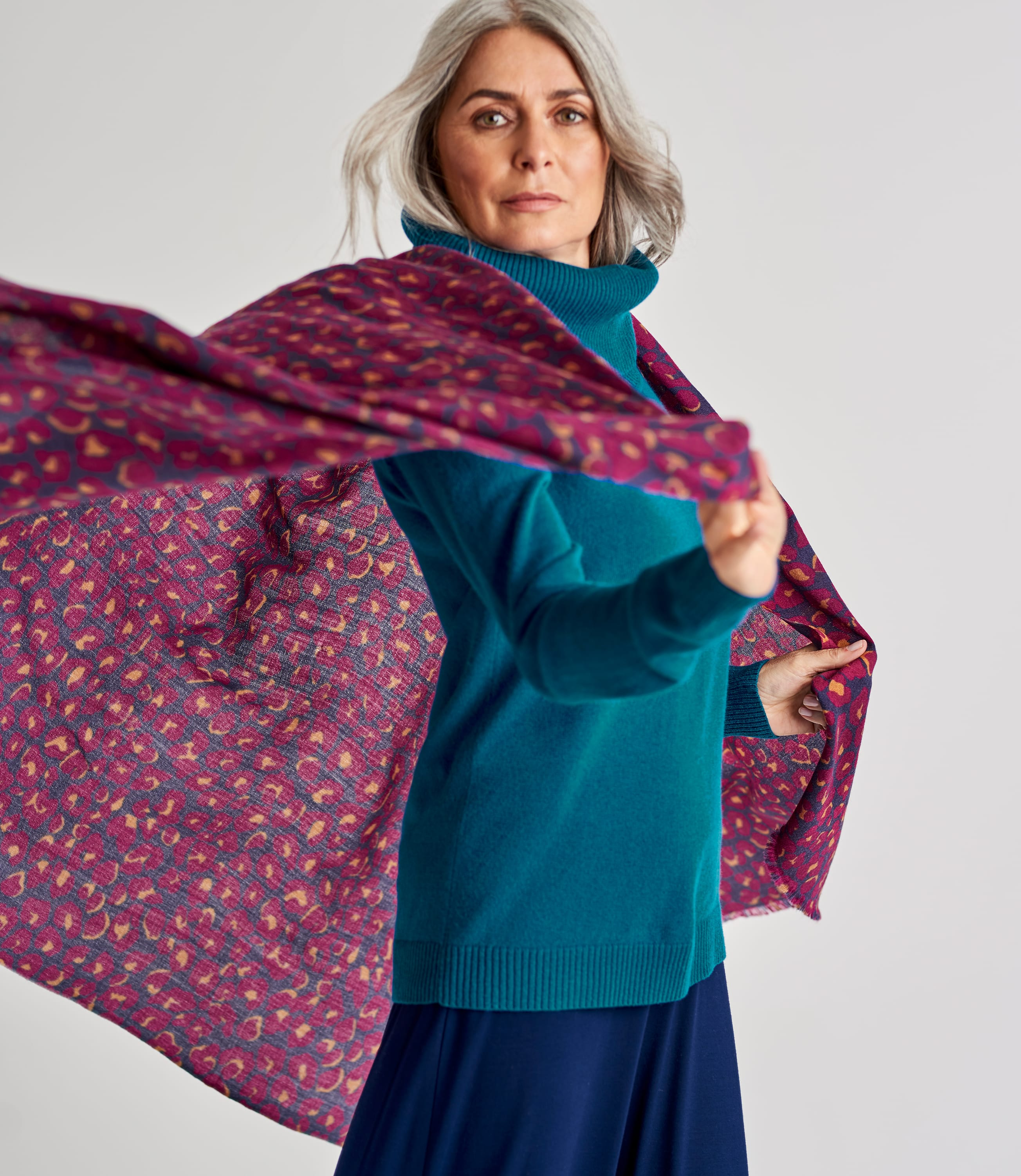 Womens Wool Woven Animal Print Scarf
