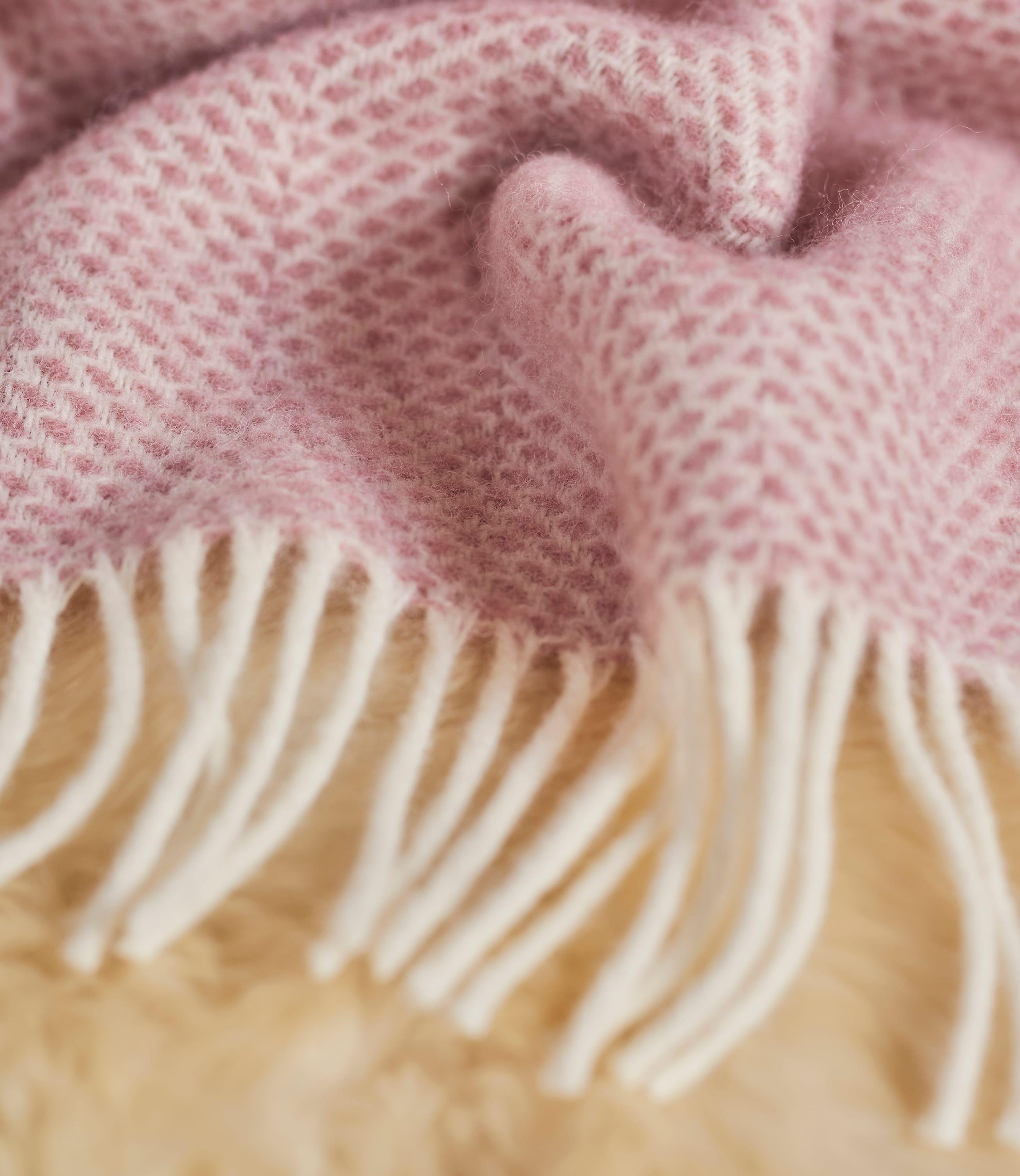 Pure Wool Beehive Throw