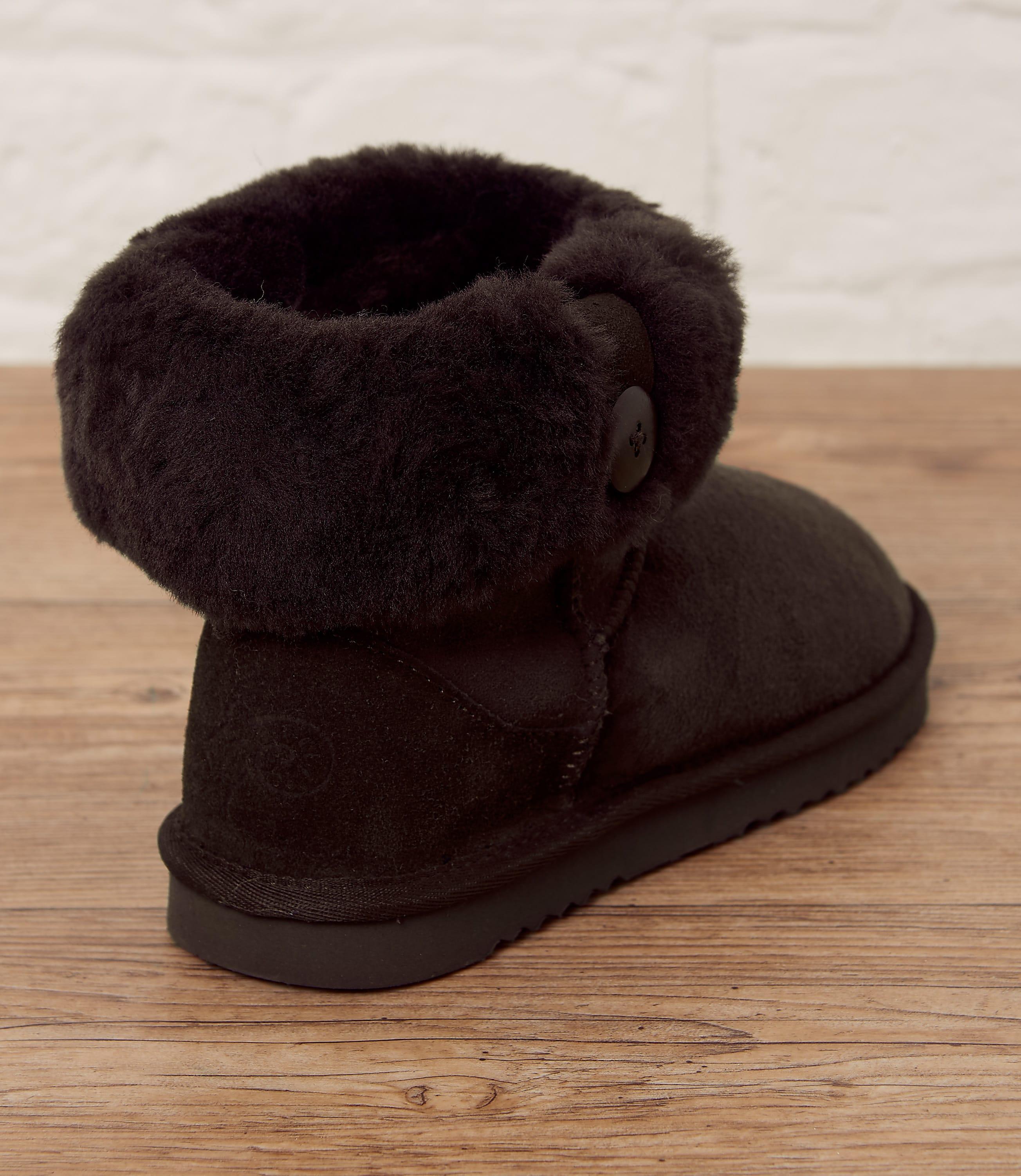 Womens Sheepskin Roll Down Boots