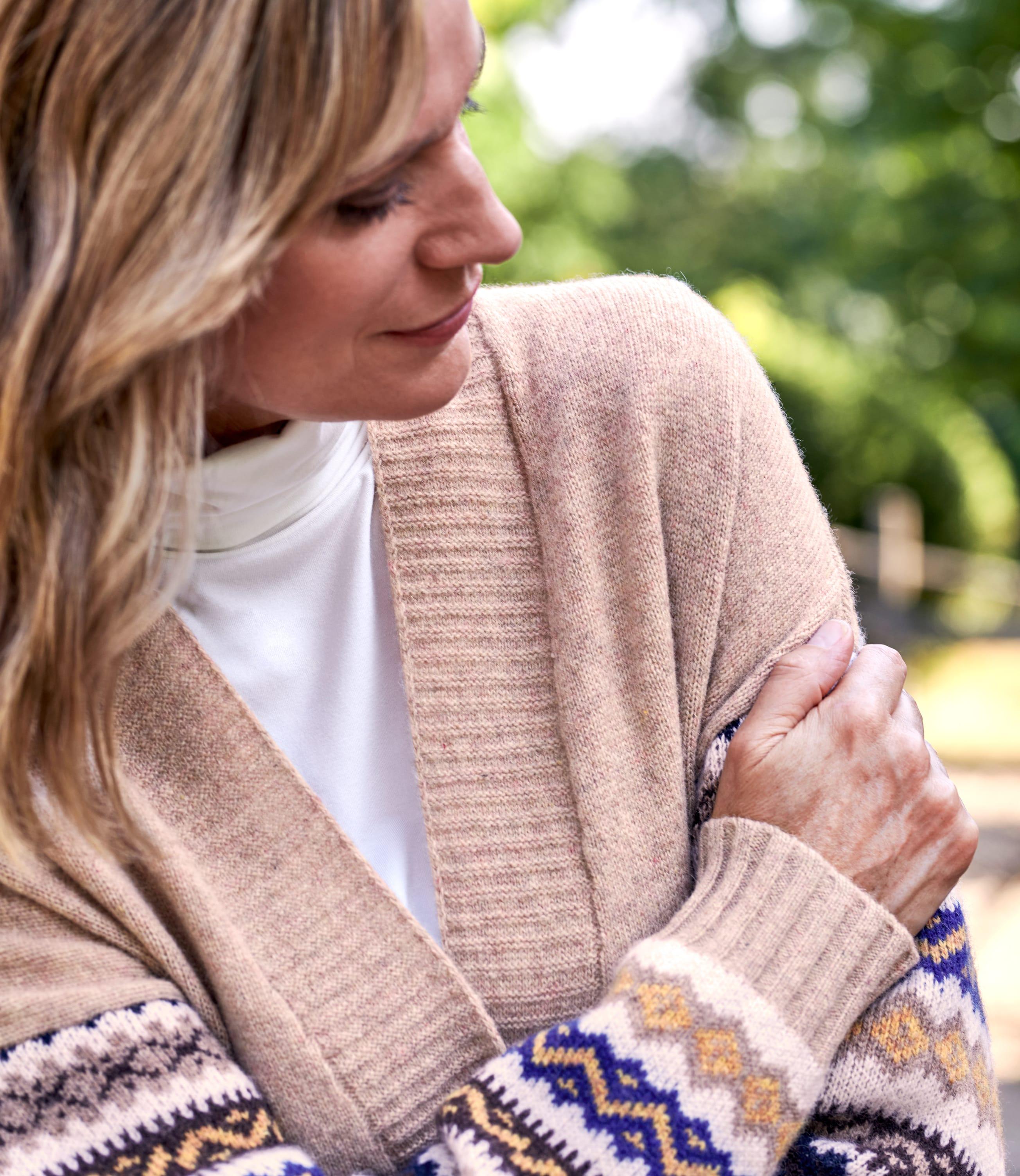 Womens Fairisle Pocket And Sleeve Design Cardigan