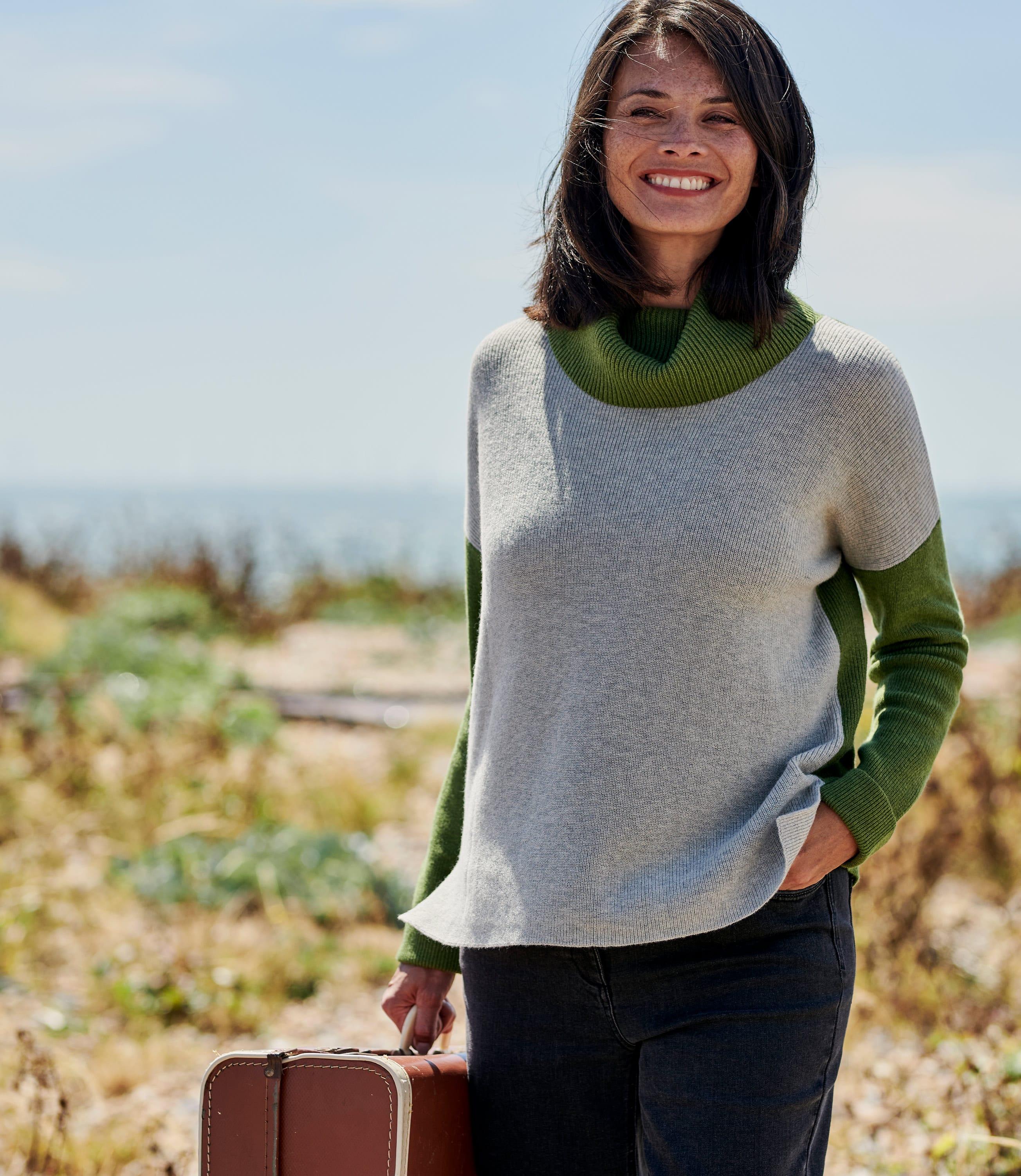Womens Wool Blend Multicolour Cowl Neck Jumper