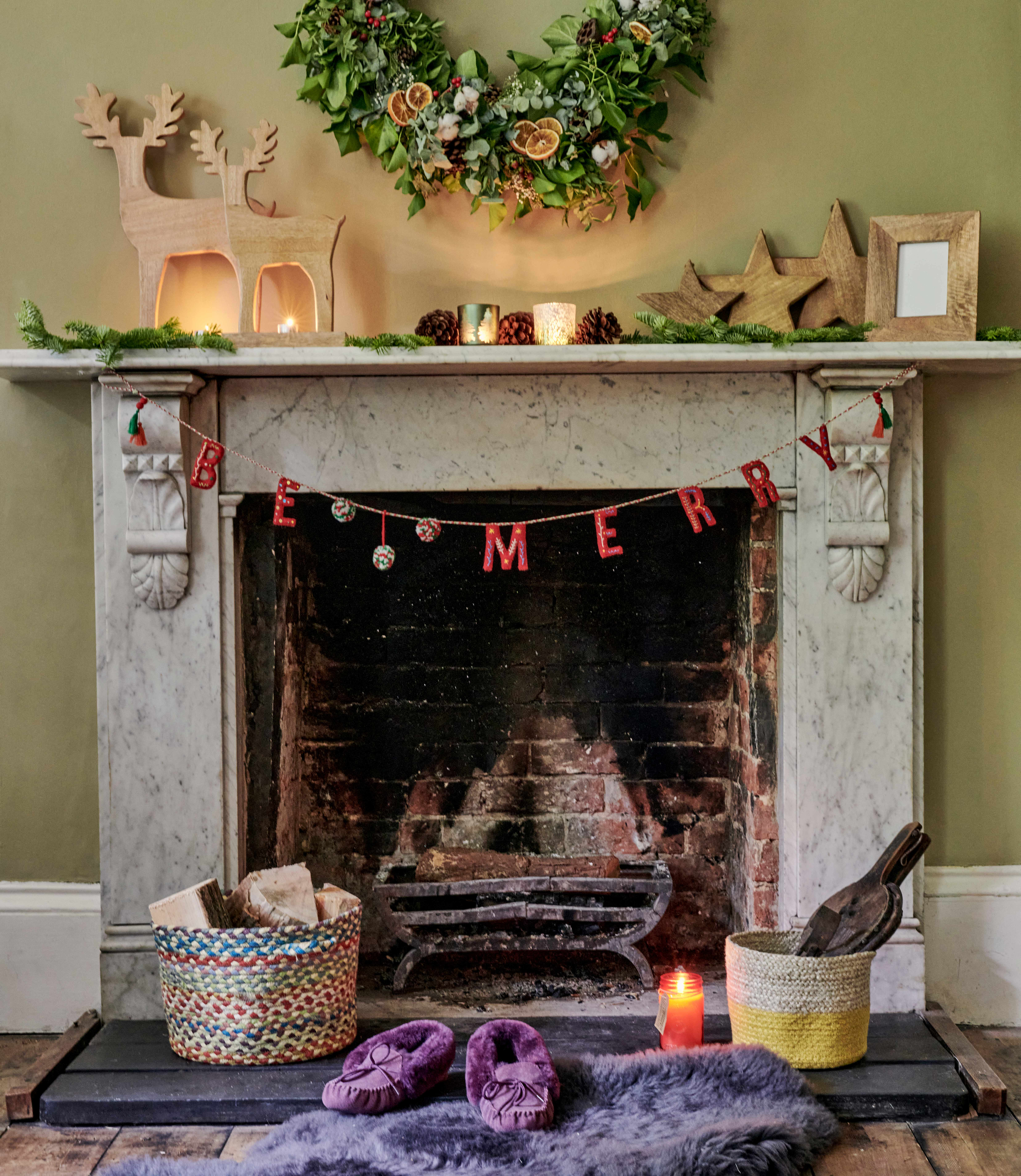 Be Merry Bunting