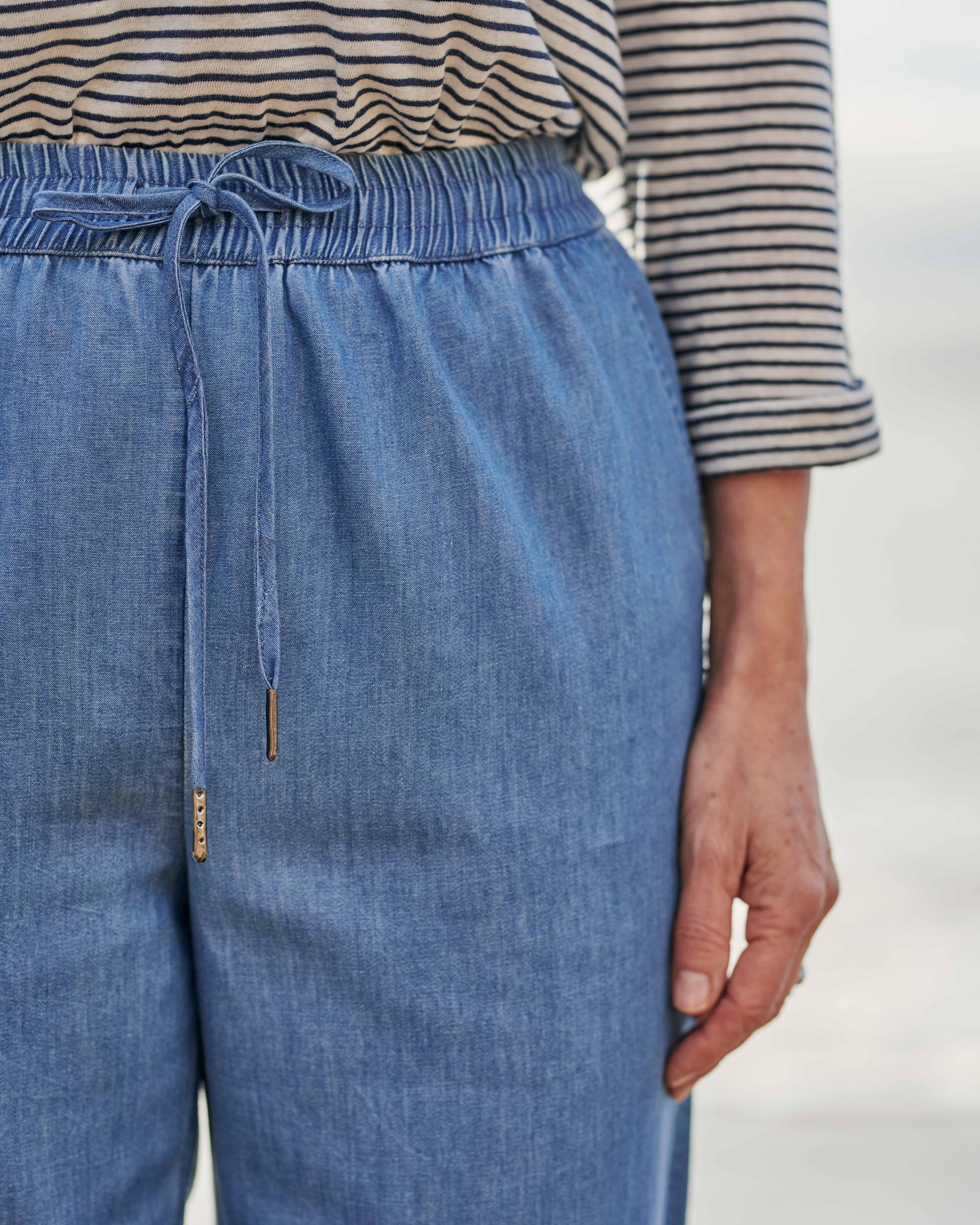 Tapered Leg Trouser