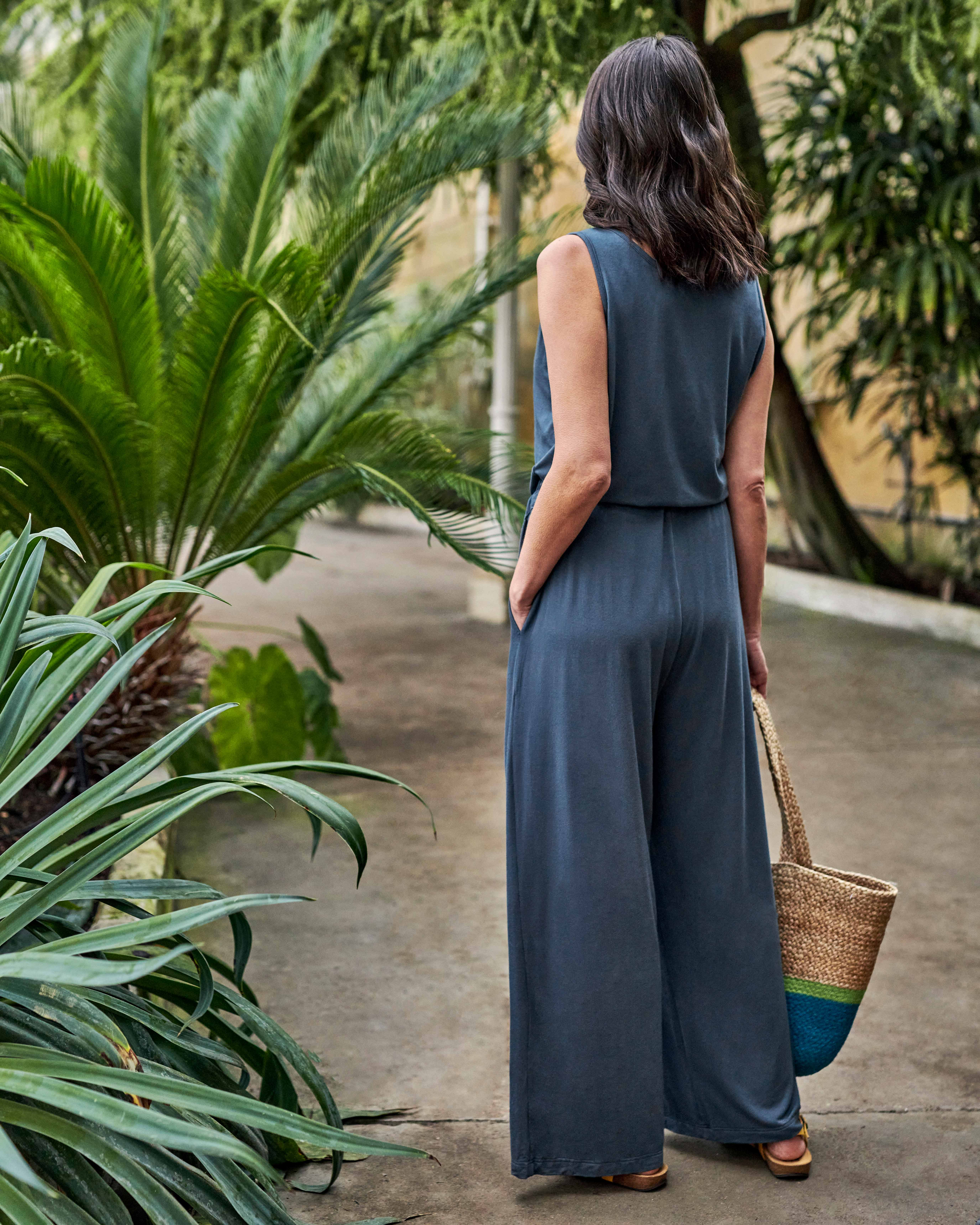 Relaxed Sleeveless Jumpsuit